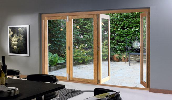 Patios interiores for Puertas para patio interior