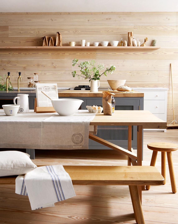 bonita cocina en madera natural