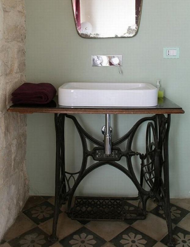 Reciclando muebles mesas de costura for Banos antiguos decoracion